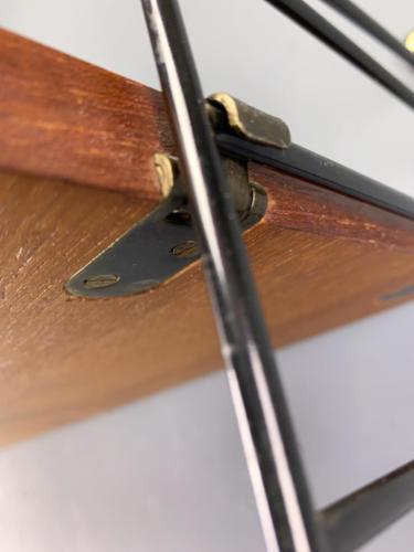 Teak-String-Regal