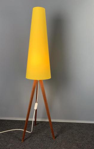 Tripod-Leuchte